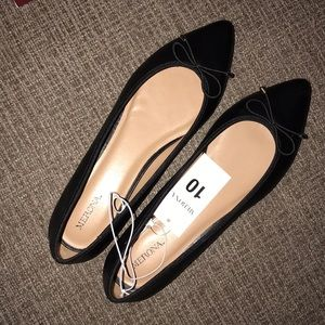 Black, Pointed toe ballet flats NWT